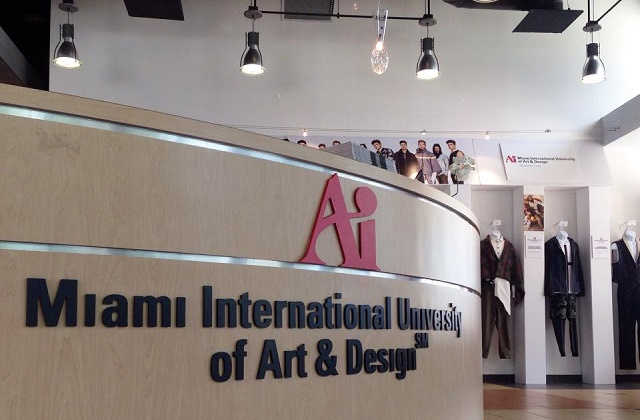 Miami Art and Design desk